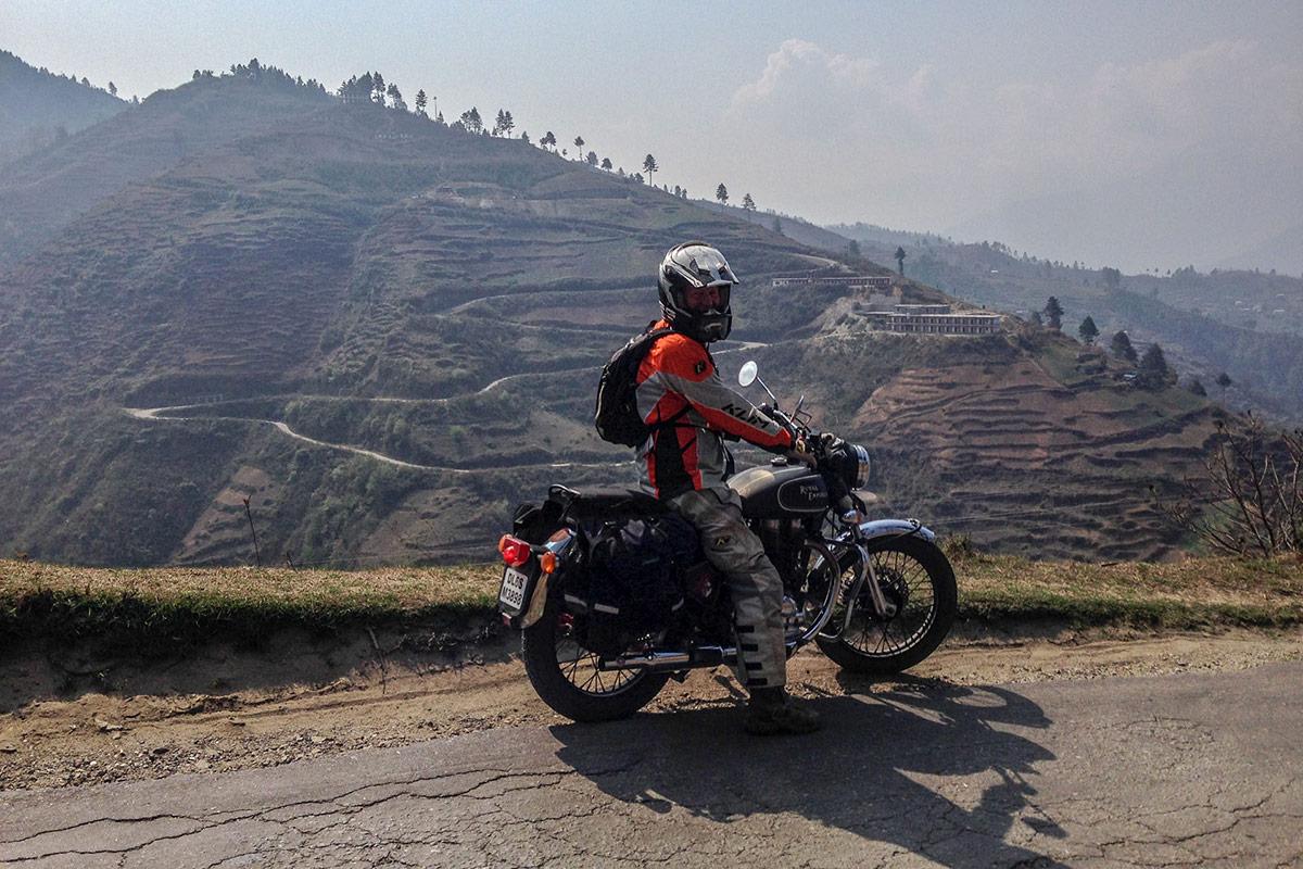 custom motorcycle tour himalayas