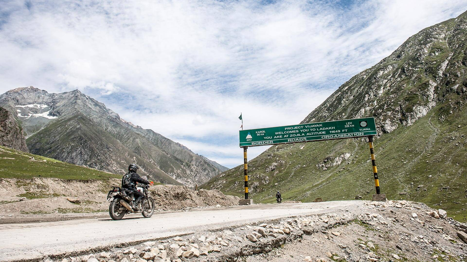 Motorcycle Adventure Himalayas