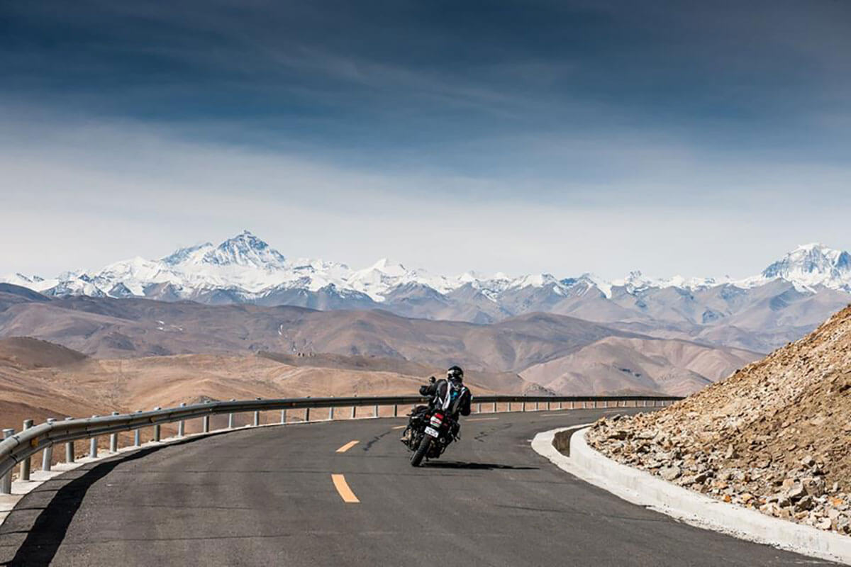motorcycle trip everest