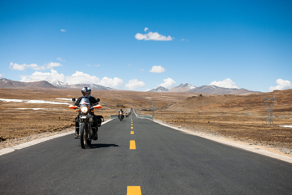 Nomadic Knights motorcycle tour through Indian mountains